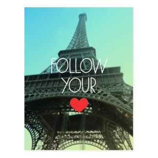 Folgen Sie Ihrer Herz-Eiffelturm-Postkarte Postkarten