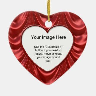 Foto-Schablone - luxuriöses Rot mit Rüschen Keramik Ornament