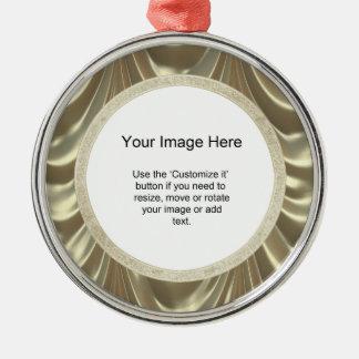 Foto-Schablone - metallisches Gold mit Rüschen Silbernes Ornament