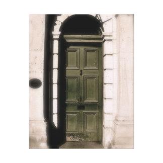Fotografie des gewölbten Einganges Leinwanddruck
