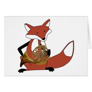 Fox, der das französische Horn spielt Karte