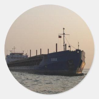 Frachtschiff Sioux Runder Aufkleber