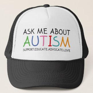 Fragen Sie mich über Autismus Truckerkappe