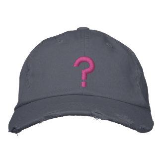 ? Fragezeichen-gesticktes Symbol auf Hut
