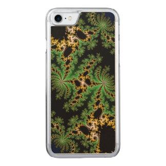 Fraktal-Wald - grün, gelb und schwarz Carved iPhone 8/7 Hülle
