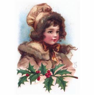 Frances Brundage: Winter-Mädchen mit Stechpalme Freistehende Fotoskulptur