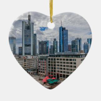 Frankfurt-Skyline Keramik Herz-Ornament