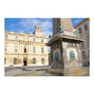 Frankreich, Arles, Provence, Platzde-La Kunstfoto