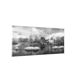 Frankreich, ein Wehr auf dem Mayenne-Fluss Gespannter Galeriedruck
