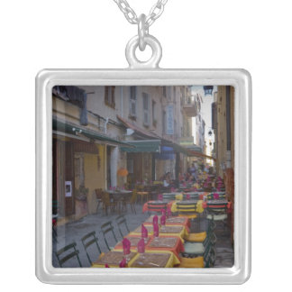Frankreich, Korsika. Tabellen des Cafés gegründet Versilberte Kette