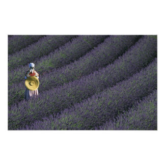 Frankreich, PACA, Albes-De-Haute-Provence, Frau Photos