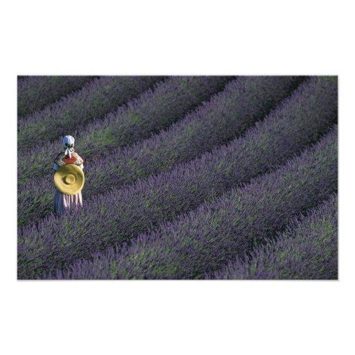 Frankreich, PACA, Albes-De-Haute-Provence, Frau Fotografischer Druck