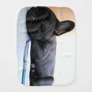 französische Bulldogge puppy.png Baby Spucktuch