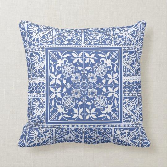 franz sische renaissance blaue wei e kissen zazzle. Black Bedroom Furniture Sets. Home Design Ideas