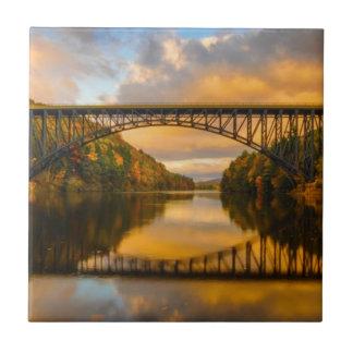 Französischer König Bridge im Fall Fliese