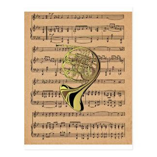 Französisches Horn ~ mit Notenen-Hintergrund Postkarte
