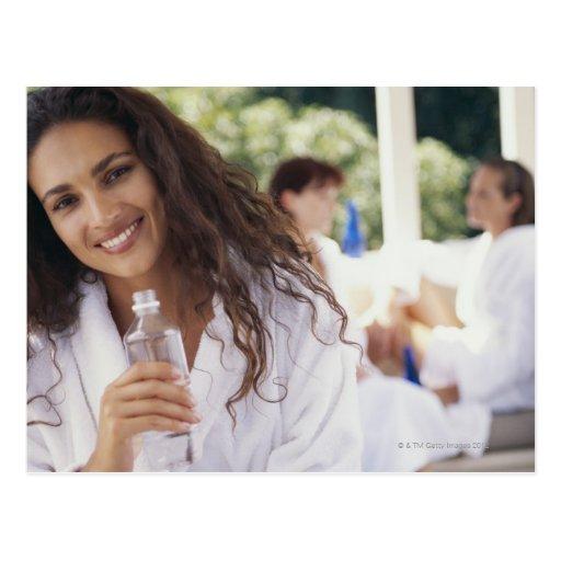Frau am Wellness-Center 2 Postkarten