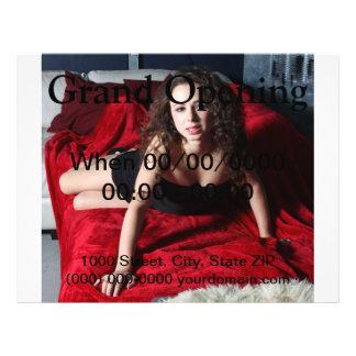 Frau auf Rot 21,6 X 27,9 Cm Flyer