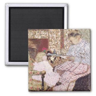 Frau, die ein Kind, 1901 füttert Quadratischer Magnet