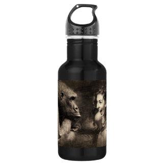 Frau, die Gorilla lachen lässt Trinkflasche