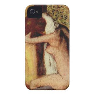 Frau, die ihren Hals durch Edgar Degas trocknet iPhone 4 Case-Mate Hülle