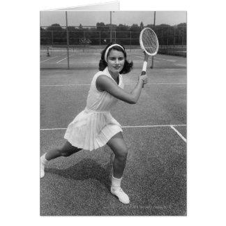 Frau, die Tennis spielt Karte