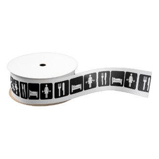 Frau essen Schlaf-Aufzug-Gewichte Ripsband