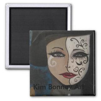 Frau in der Maske Quadratischer Magnet