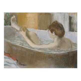 Frau in ihrem Bad, ihr Bein abwaschend, c.1883 Postkarten