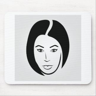Frau mit dem kurzen Haar Mousepad
