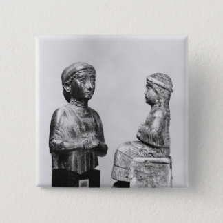 Frau mit dem Schal Quadratischer Button 5,1 Cm