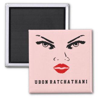 Frau Ubon Ratchathani, Thailand Quadratischer Magnet