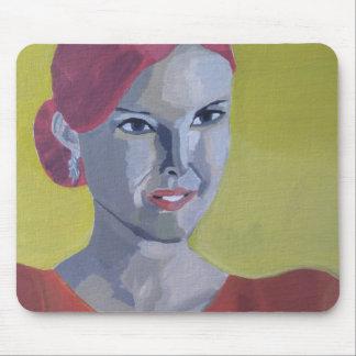 Frau Vintage gelber Hintergrund Mousepad