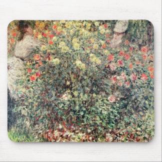 Frauen Claudes Monet | in den Blumen, 1875 Mauspad