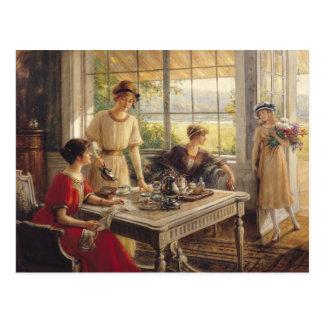 Frauen, die Tee nehmen Postkarte