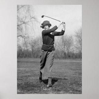 Frauen-Golf spielen: Zwanzigerjahre Poster