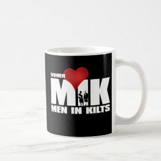 Frauen-Liebe-Männer in der Kilts-Tasse Tasse