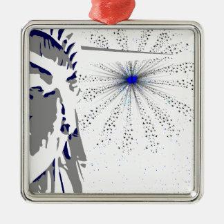 Freiheit und Himmel Rocket Quadratisches Silberfarbenes Ornament
