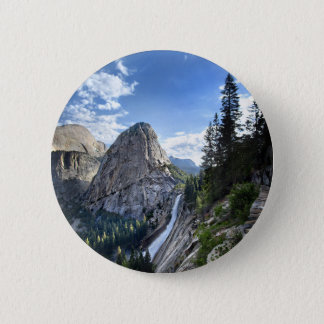 Freiheits-Kappe und Nevada-Fall - John Muir-Spur Runder Button 5,1 Cm