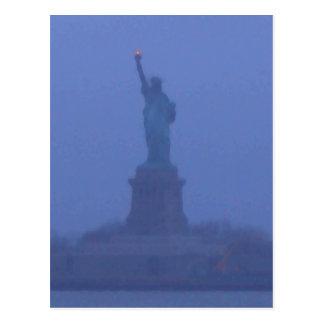 Freiheitsstatue Damen-Liberty The USA am 4. Juli Postkarte