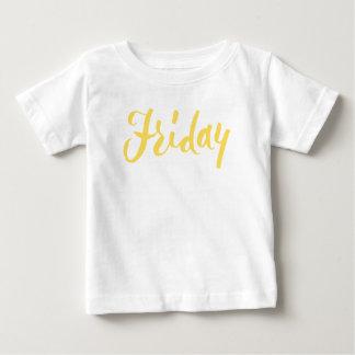 Freitag-Handbriefgestaltung Baby T-shirt