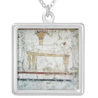 Fresko vom Grab von Gaudio, c.480 BC Versilberte Kette