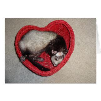 Frettchen in der Herz-Valentinstag-Karte