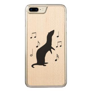 Frettchen mit Musiknoten in der Silhouette Carved iPhone 8 Plus/7 Plus Hülle