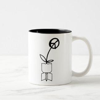 FriedensBlume von den Kriegs-Bomben Kaffee Haferl