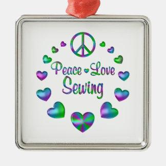 FriedensLiebe-Nähen Quadratisches Silberfarbenes Ornament