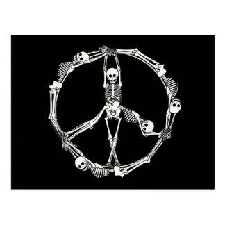 Friedenszeichen-Skelette Postkarte