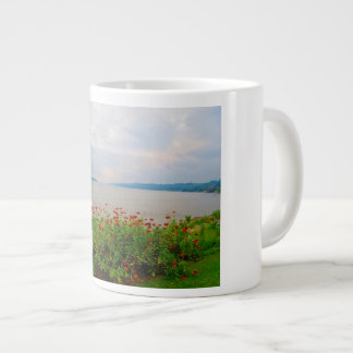 Friedliche Fluss-Kaffee-Tasse Jumbo-Tasse