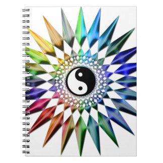 Friedliches Yin Yang Zen-Yoga-bunte Meditation Tao Notizblock