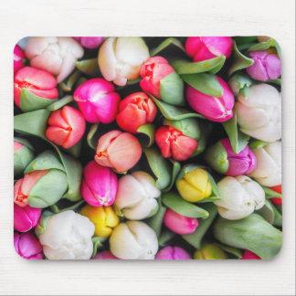 Frisch ausgewählte Tulpen Mousepad